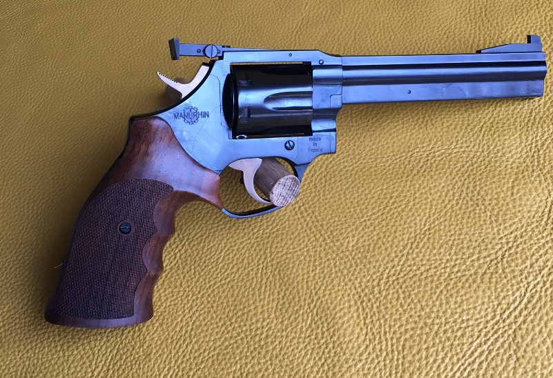 Manurhin MR38 Match, New in case with papers & factory target.